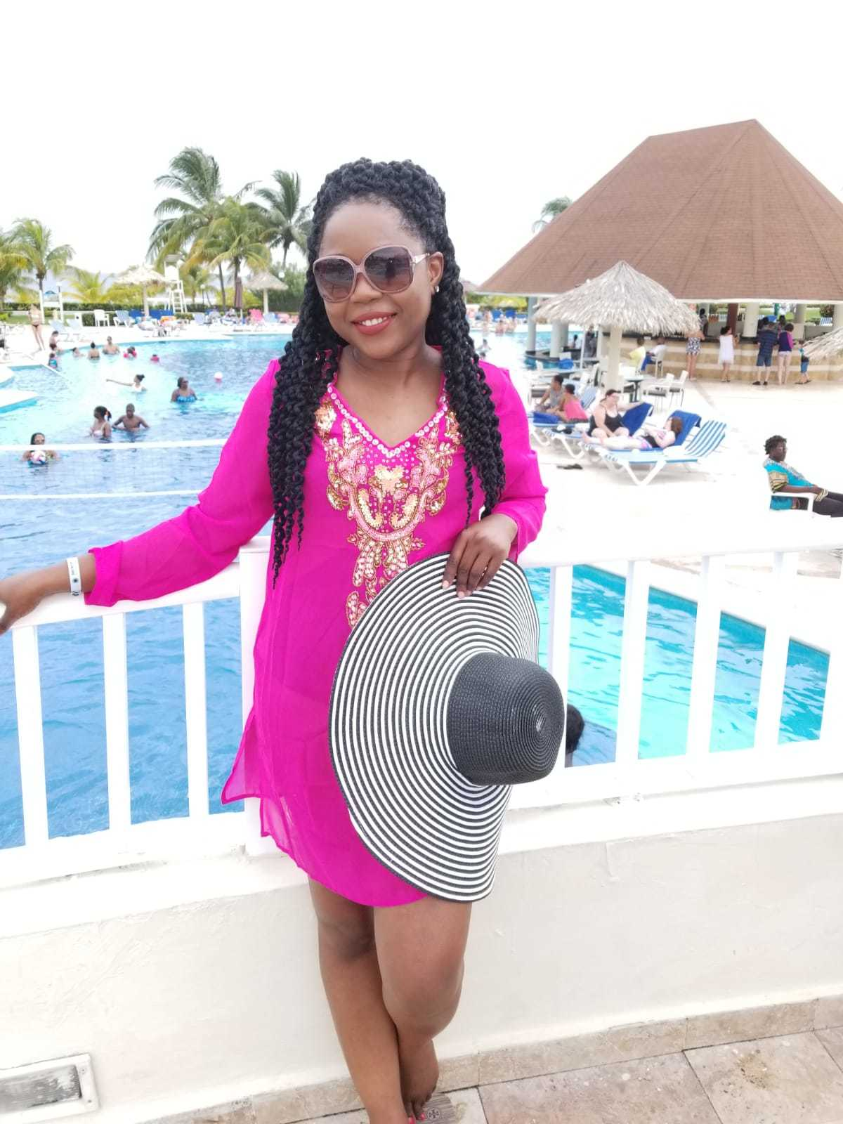 Vacation Style: Straw Hat