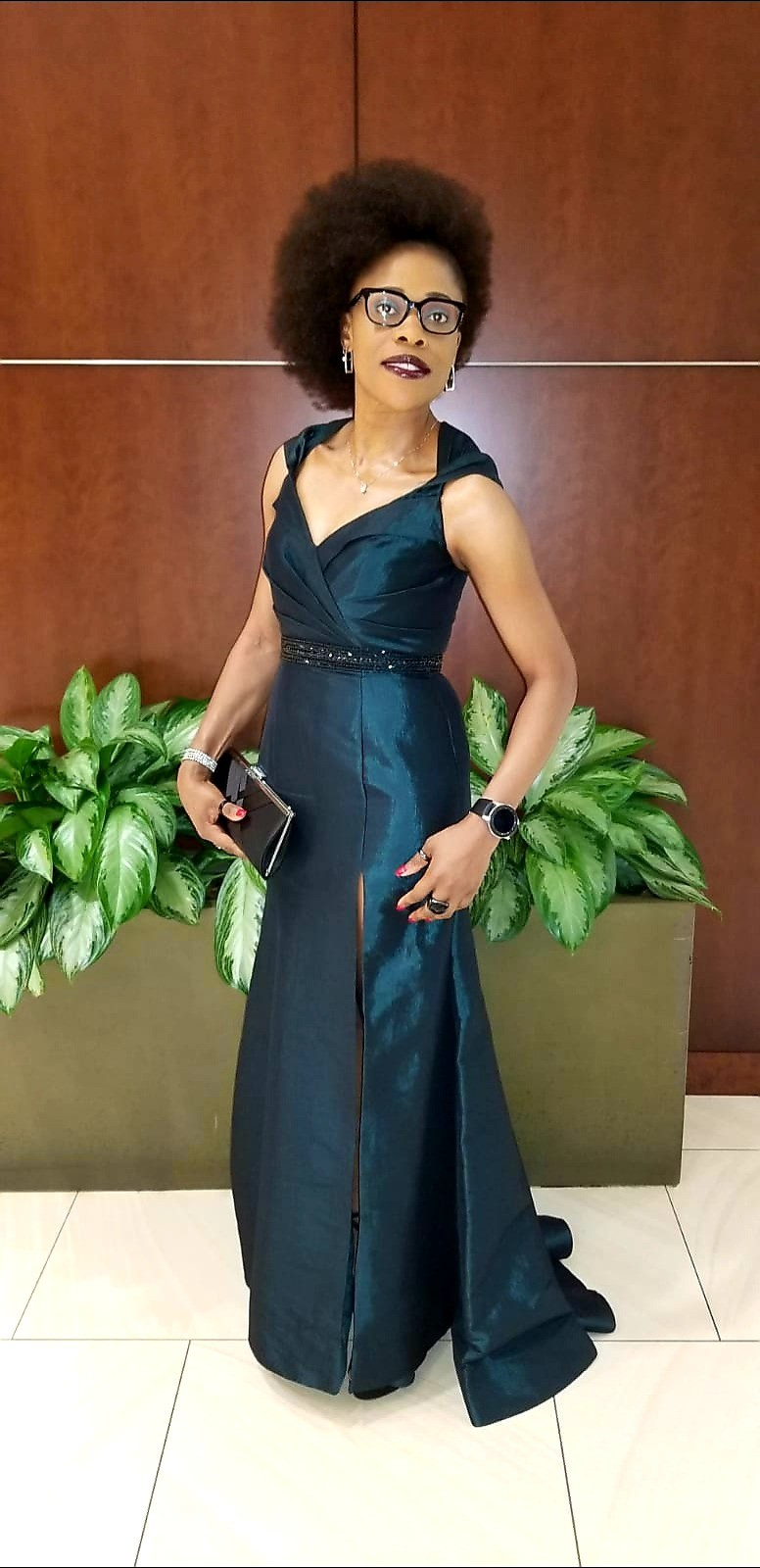 Terese Tande Attends SOBA USA 2019 Convention in £282 MAC DUGGAL Taffeta Gown