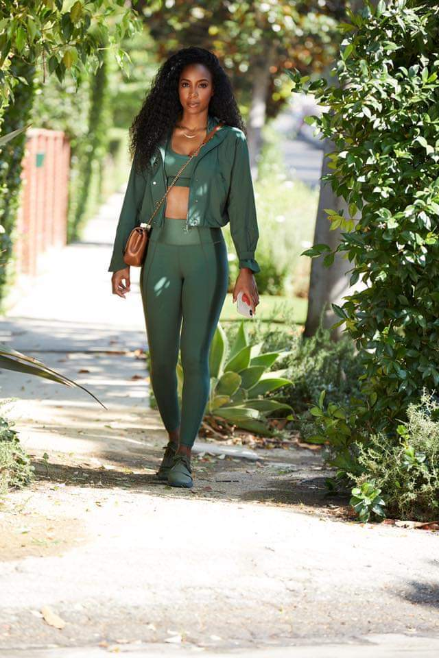 Kelly Rowland Drops New Fabletics Collection